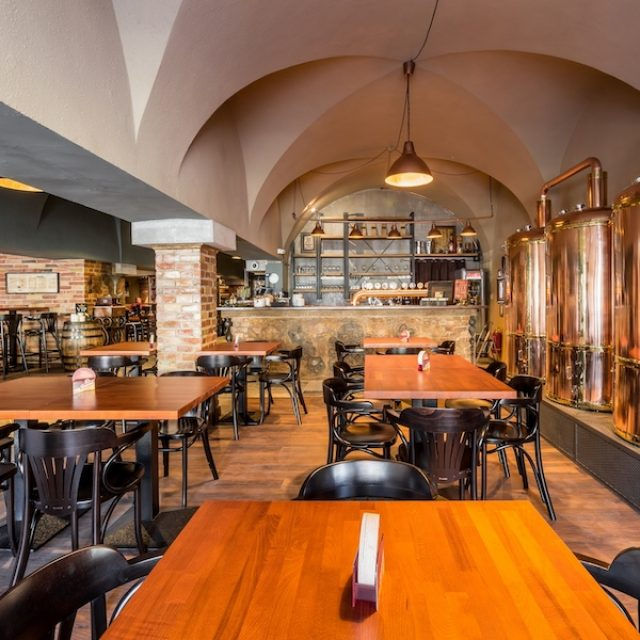 Central pub & restaurant